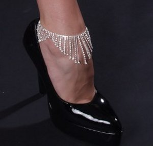 Dangle Anklet *NEW* NEW!! Rhinestone anklet with multiple dangles.